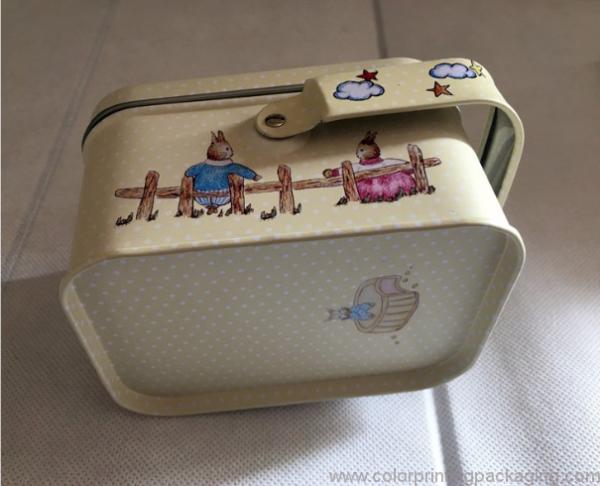 fashion-handle-design-square-gift-box-01