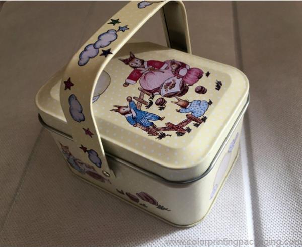 fashion-handle-design-square-gift-box-02