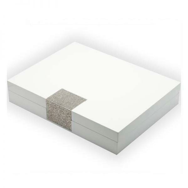 glossy-white-wooden-jewelry-box-with-metal-plate-01