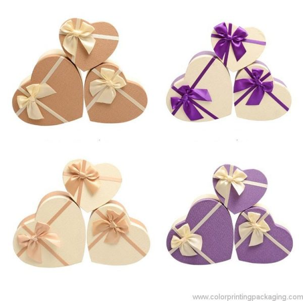 recycled-material-heart-shaped-flower-box-01